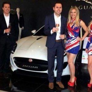jaguar autobeurs promotie hostess engelsevlag engeland bedazzled